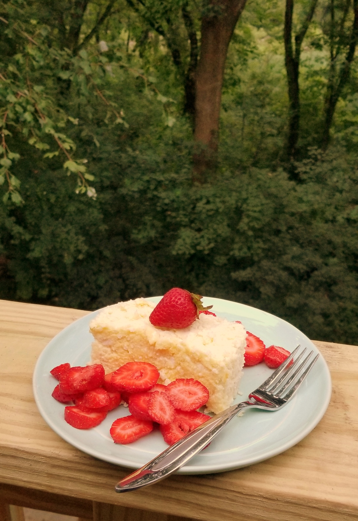 Recipe: Breakfast Cheesecake w/ Fresh Strawberries